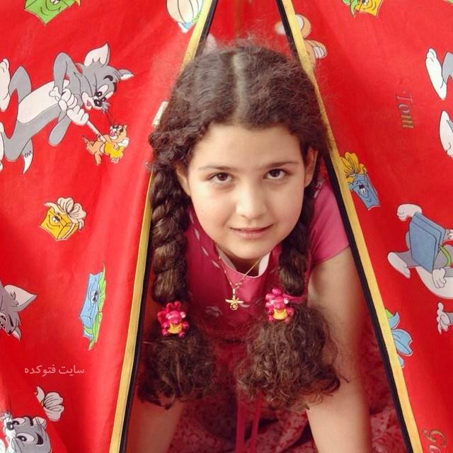 عکس کودکی روژان آریامنش بازیگر + بیوگرافیو  عکس جدید