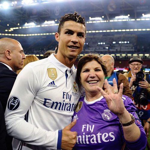 عکس رونالدو و مادرش خانومدلورس+ زندگینامه خفن