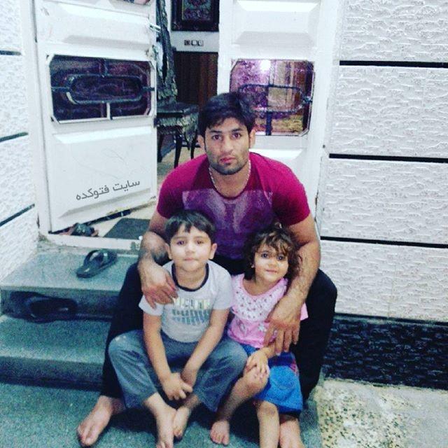 عکس سعید عبدولی و دختر و پسرش
