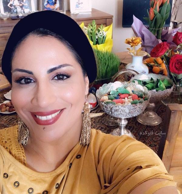 عکس و بیوگرافی سارا نایینی خواننده زن