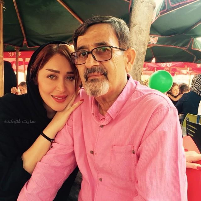 عکس سارا منجزی پور و پدرش