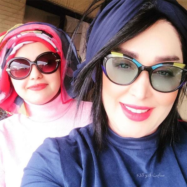 عکس سارا منجزی Sara Monjezi بازیگر و خواهرش ملیکا