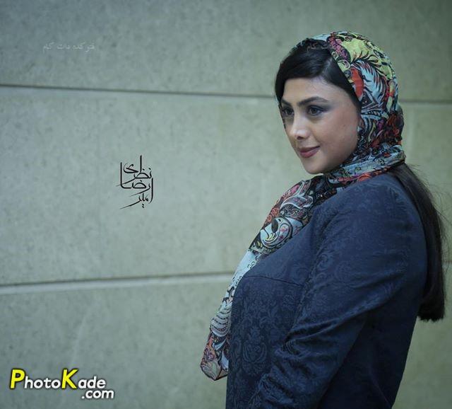 عکس آزاده صمدی بازیگر سریال پشت بام تهران
