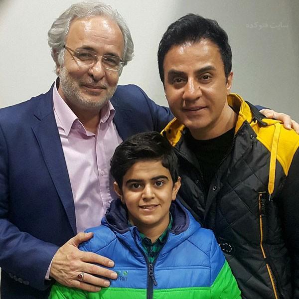 سید کاظم احمدزاده در کنار عمو پورنگ و امیرمحمد