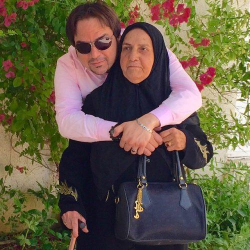 عکس شهرام قائدی و مادرش