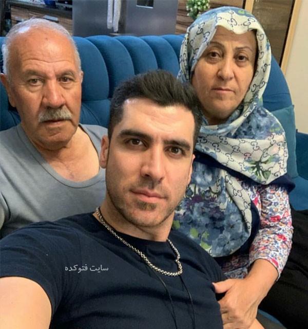 Shahram Mahmoudi و پدر و مادرش