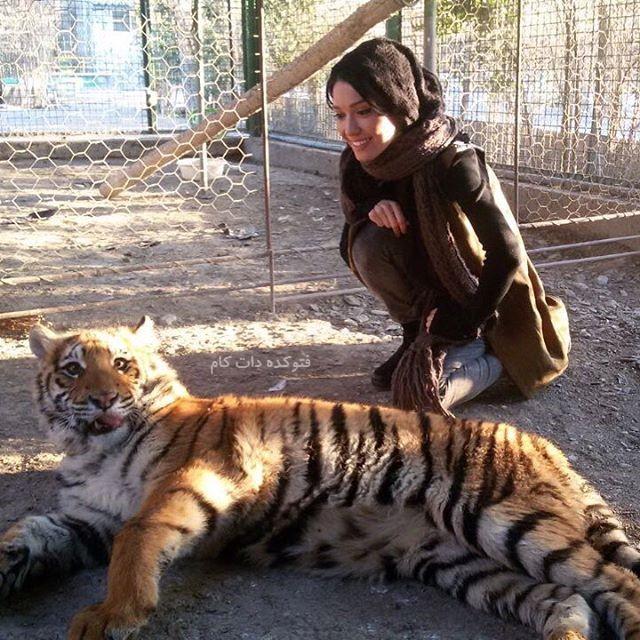 عکس شهرزاد کمال زاده بازیگر زن در کنار حیوانات خطرناک