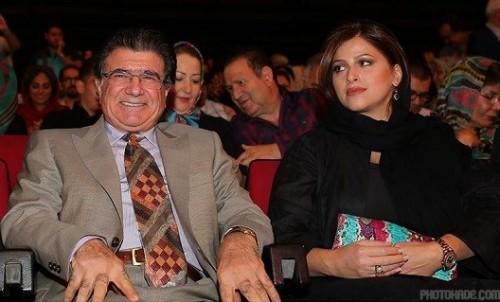 عکس استاد شجریان در کنار عروسش
