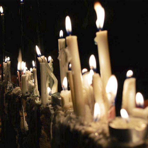 فلسفه روشن كردن شمع در شب عاشورا