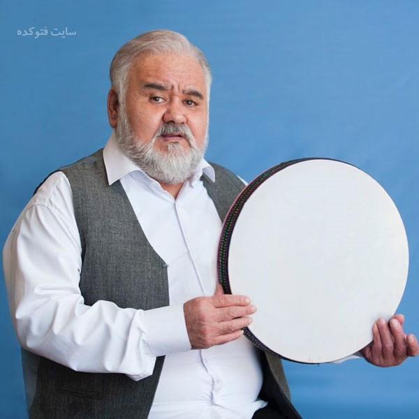 بازیگران سریال شش قهرمان و نصفی اکبر عبدی