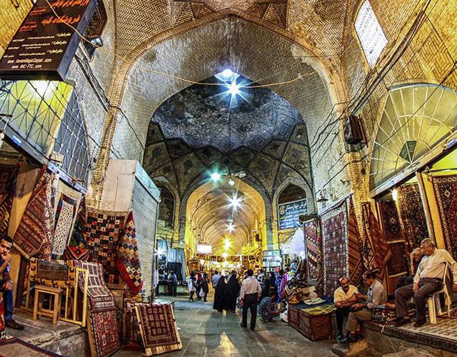 جاهای دیدنی شیراز : بازار وکیل + عکس و آدرس کامل