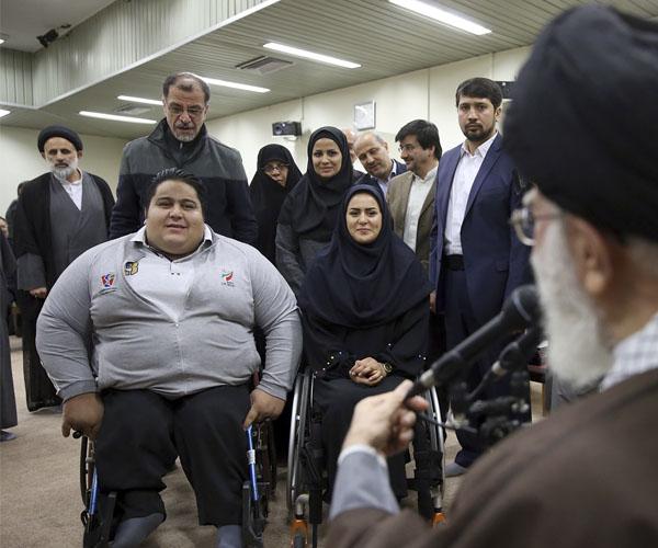 عکس سیامند رحمان و زهرا نعمتی در دیدار رهبری