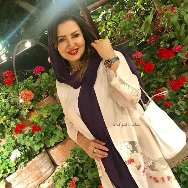 عکس های دکتر سهیلا گلستان خواننده زن