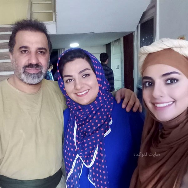 سهیلا جوادی در کنار همسر و دخترش