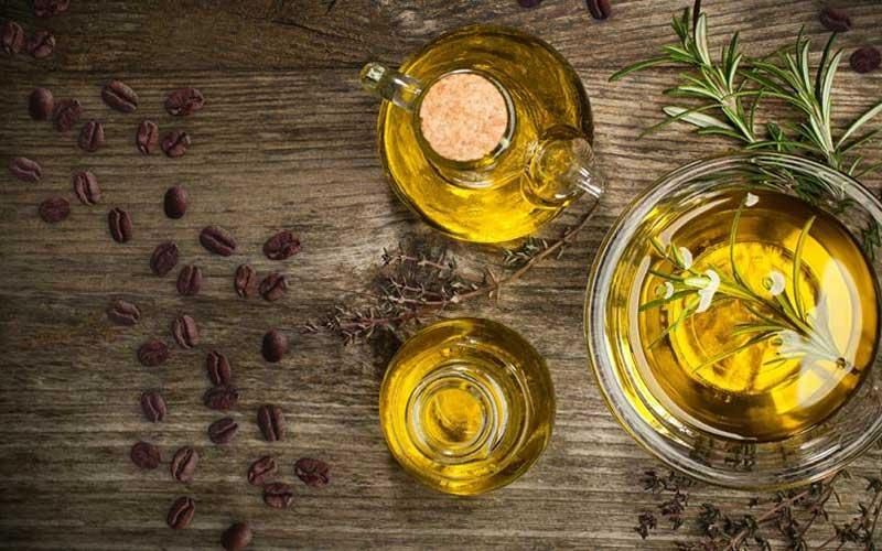 درمان ترک های قرمز روی پوست قهوه و روغن زیتون