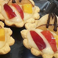 طرز تهیه تارت میوه با کرم خوشمزه و مجلسی + عکس
