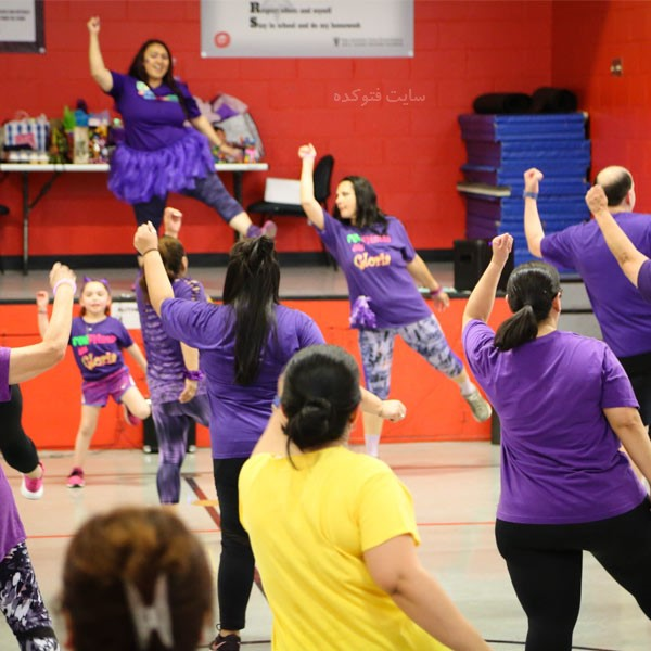 رقصیدن شیوه شادی بخش برای لاغر کردن