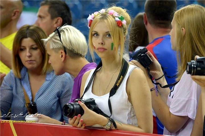عکس تماشاگران زن والیبال,تماشاگران ایرانی جام جهانی والیبال,عکس تماشاگران ایرانی والیبال,تماشاگران زن ایرانی جام جهانی والیبال,عکس زن جام جهانی والیبال 2014