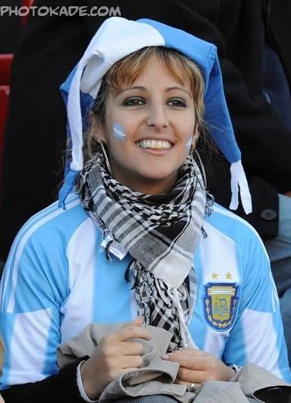 تماشاگر دختر آرژانتینی 2014