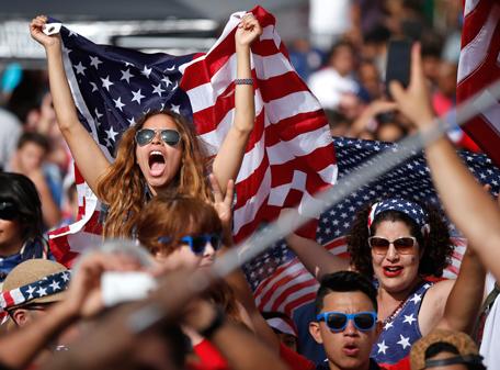 تصاویر بدون سانسور زنان در ورزشگاه های جام جهانی 2014,عکس دختران در ورزشگاه های برزیل 2014