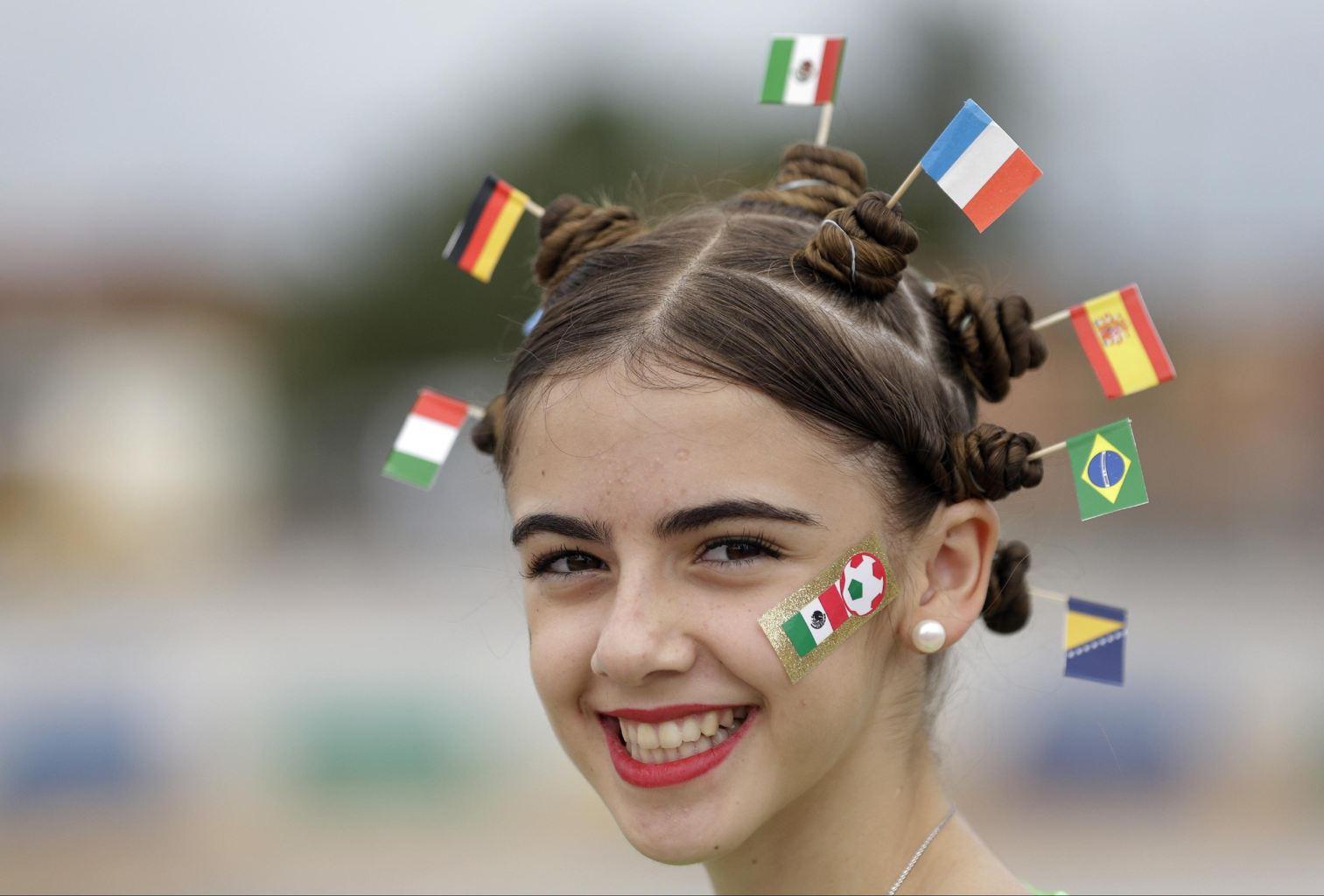 عکس دختر خندان جام جهانی 2014,عکس های بدون سانسور جام جهانی 2014