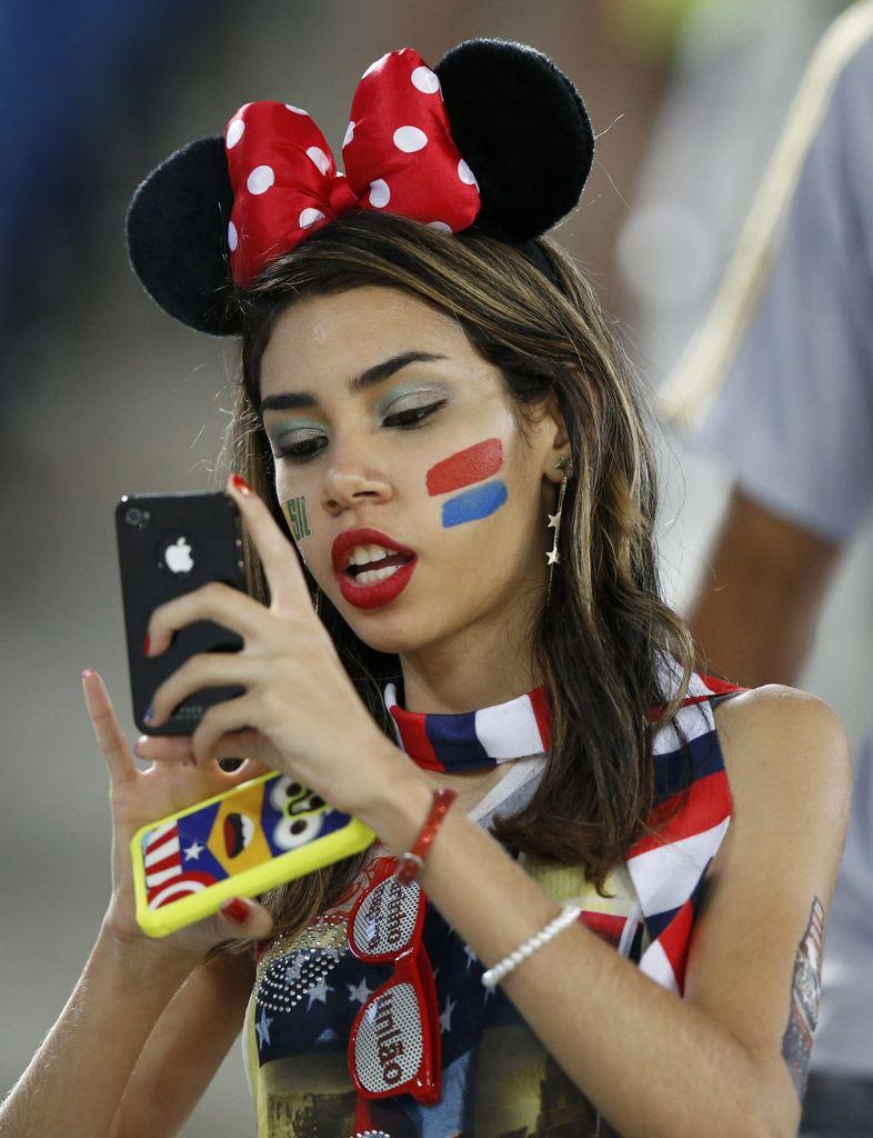 عکس دختر زیبای تماشاگر جام جهانی2014,عکسهای تماشاگران زن جام جهانی 2014