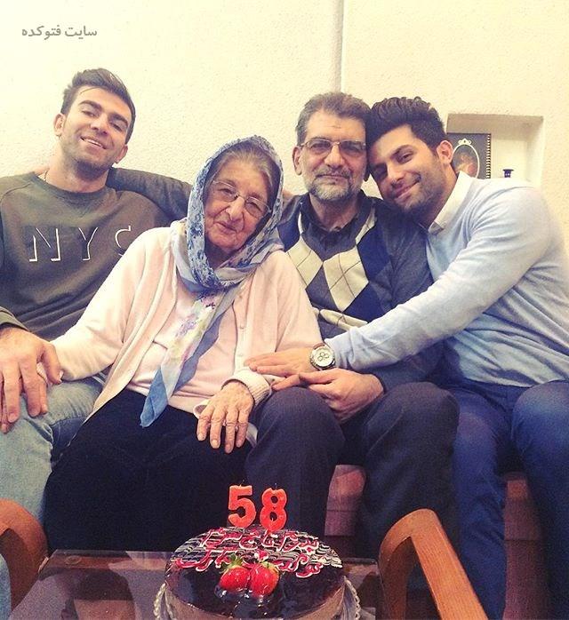 عکس خانوادگی یاحا کاشانی ترانه سرای