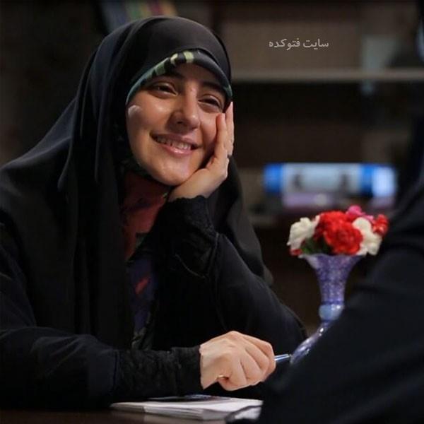 بیوگرافی زینب ابوطالبی مجری نیمه پنهان ماه